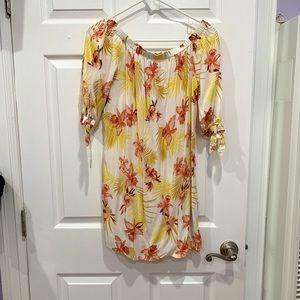 FOREVER 21 off shoulder floral dress size M